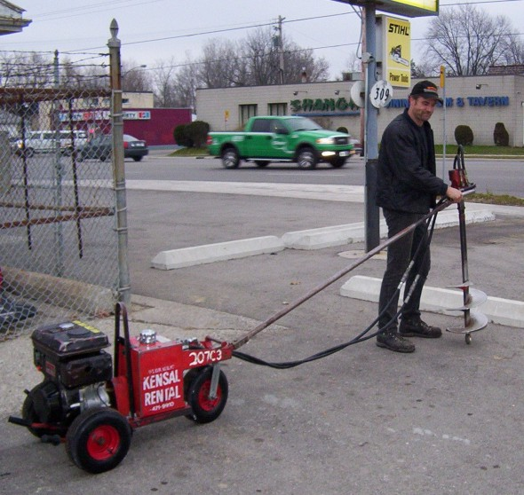 Post Auger - 1 person (gasoline)
