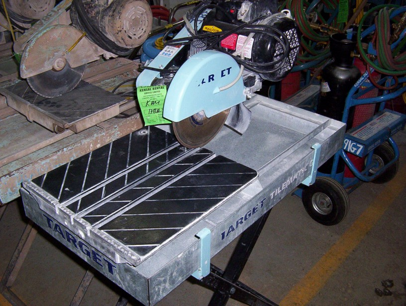 "Tile Saw ( Large Table ) (Up to 12"")"